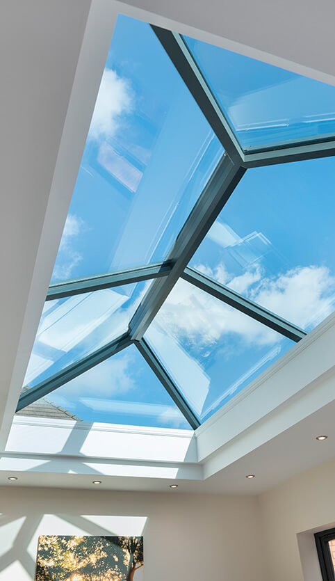 Black lantern roof interior view