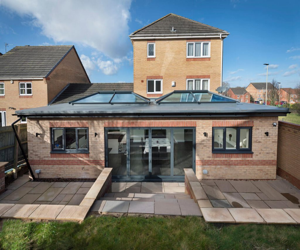 Flat roof extension with roof lanterns