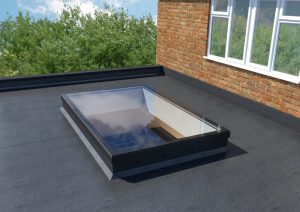 Flat roof with sky light.